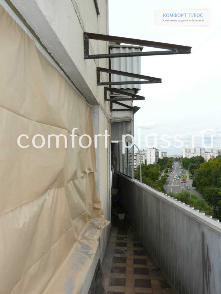 Стальные фермы для независимой крыши балкона